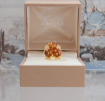 houx_ring_honey_large_2.jpg
