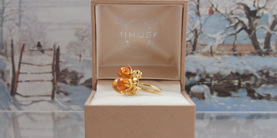 houx_ring_honey_small_1.jpg